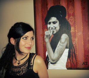 Malerin Astrid Wieckhorst vor einem Lieblingsbild
