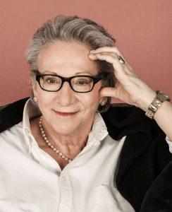 """Janine Berg-Peer liest aus ihrem Buch mit dem Sie die Krankheit """"Schizophrenie"""" ihrer Tochter verarbeitet hat"""