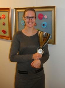 """BRÜCKE-Azubi Milena Bünning (2. Lehrjahr) hat den ersten Platz im """"Landeswettbewerb Hauswirtschaft"""" belegt und nimmt 2017 am Bundeswettbewerb teil"""