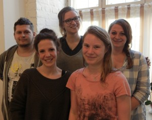 Einige vom Querweganschluss: v.l. André Potreck, Annelene Düwel (BRÜCKE), Alina Napp, Theresa Warmuth, Hanne Jesse (BRÜCKE), Foto: JH