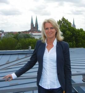 Stefanie Bender ist Personalleiterin bei der BRÜCKE in Lübeck